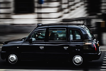 Why you should have an app and website for your taxi business